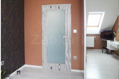 Zakázkové vnitřní dveře, prosklené, dýha